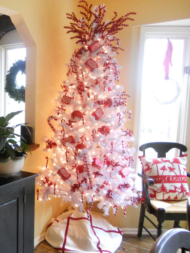 2011 christmas tree designs and decor ideas - Red White And Blue Decorated Christmas Tree