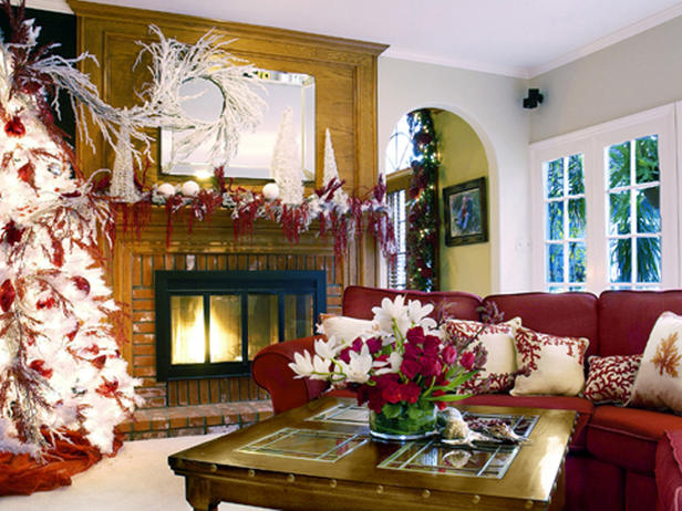 2012 Holiday Decorating Trends and Christmas Tree Decoration Ideas 9