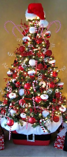 ... Christmas Tree Designs and Decor Ideas for 2014 4 ... & Christmas Tree Designs and Decor Ideas for 2014 - Design Trends Blog