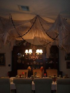 2015 Indoor Halloween Decoration Ideas 12