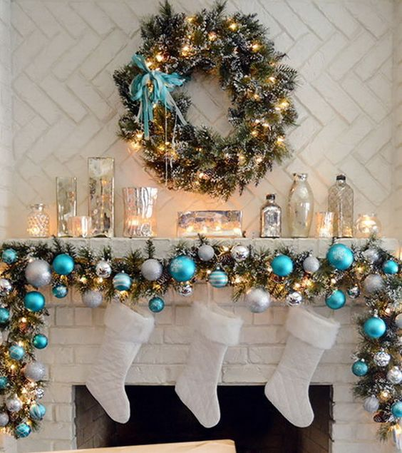 2016-christmas-mantel-decorating-ideas-18