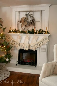 2016-christmas-mantel-decorating-ideas-29