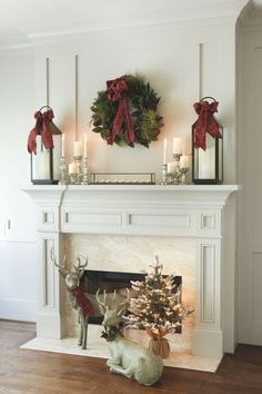 2016-christmas-mantel-decorating-ideas-36